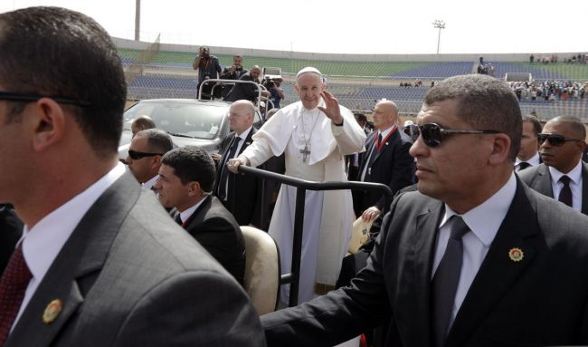 Papa Francesco ai sacerdoti e religiosi al Cairo