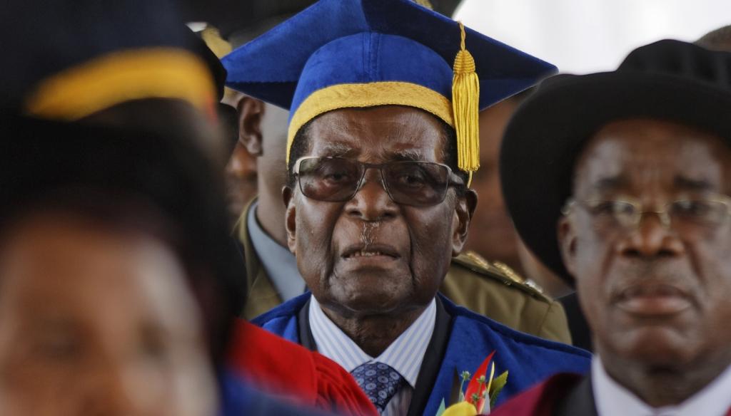 Cala lento il sipario su Mugabe