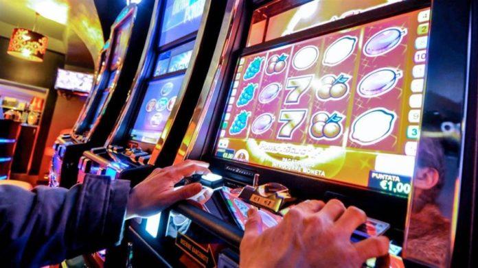 Gioco d'azzardo: a politica tralascia i veri problemi