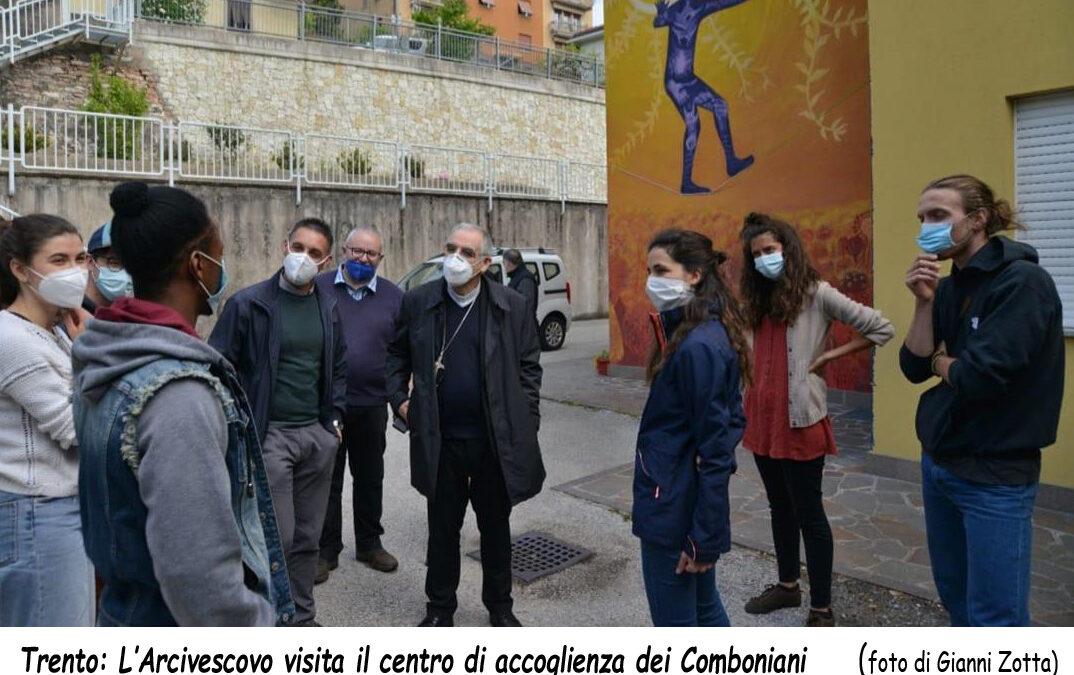 TRENTO. Visita dell'arcivescovo ai Comboniani e ad altri centri di accoglienza.